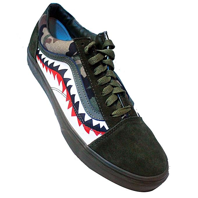 1e22b36825 Vans Low-Top Lace Up Shoes - Green